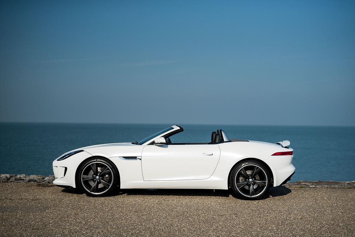 Jaguar F-Type side